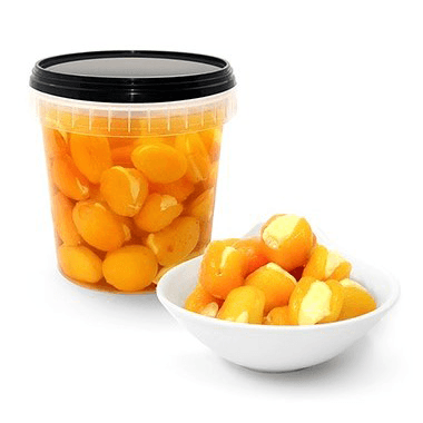 Dried Apricots Stuffed with Creamcheese